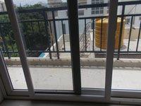 14J6U00211: Balcony 2