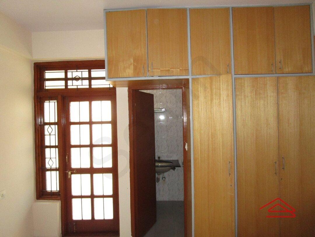 15J1U00457: Bedroom 1