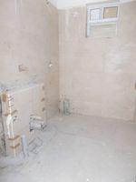 13F2U00049: Bathroom 2