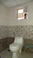 15J1U00055: Bathroom 1