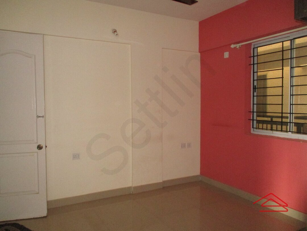 14M3U00223: Bedroom 1