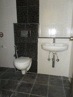 14F2U00210: Bathroom 3