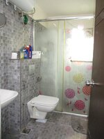 15J7U00145: Bathroom 1