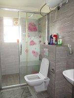 15J7U00145: Bathroom 3