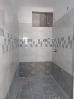 13OAU00326: Bathroom 1