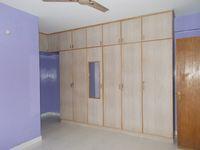 13M3U00174: Bedroom 1