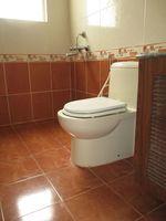 RFB911: Bathroom 1
