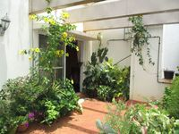 10J6U00479: Garden 1
