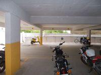 12M5U00149: parking 1