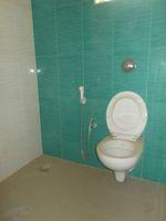 13J6U00380: Bathroom 1