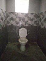 13DCU00215: Bathroom 2
