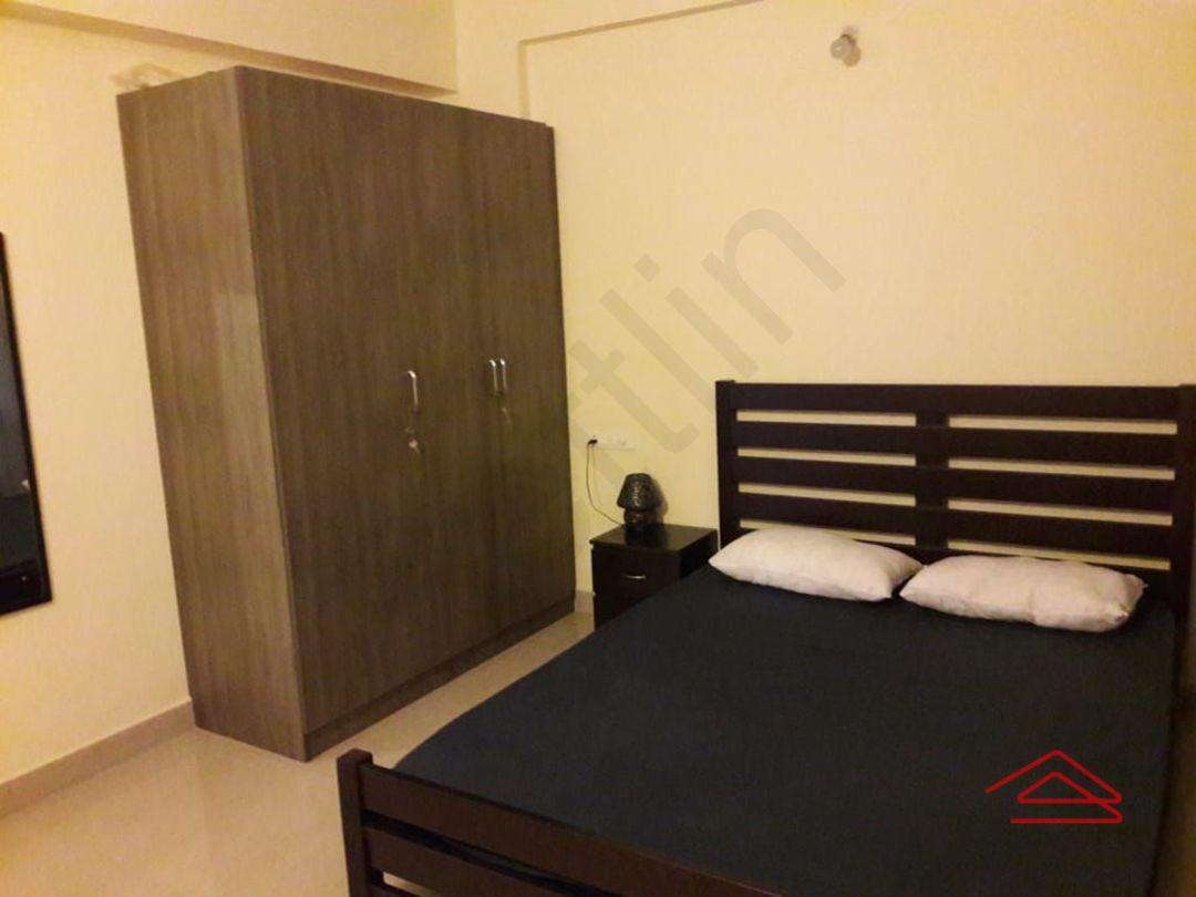 13J6U00406: Bedroom 1