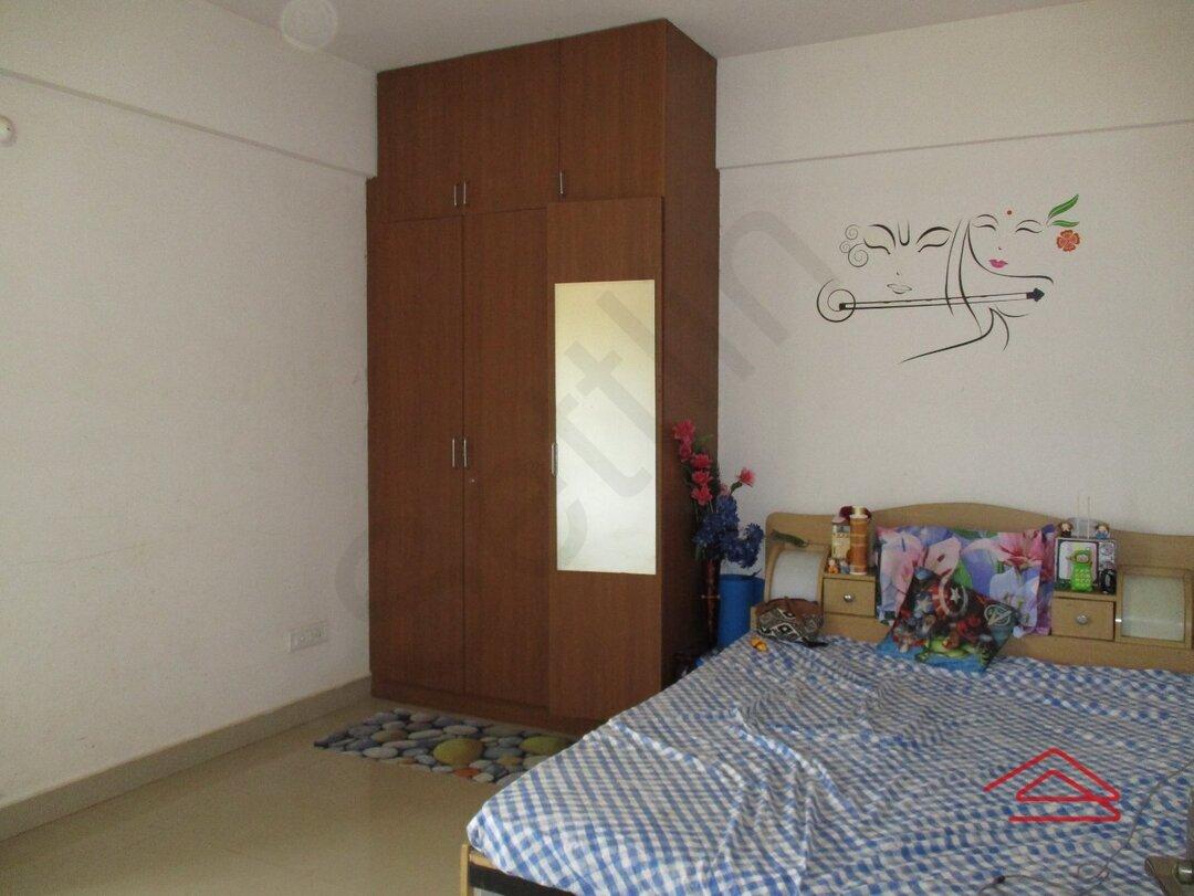 15J7U00762: Bedroom 1