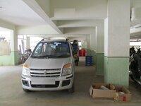 15J7U00762: parkings 1