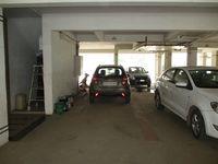 10M5U00118: parking