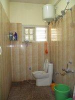 14J6U00013: bathrooms 3