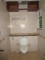 15M3U00219: Bathroom 1