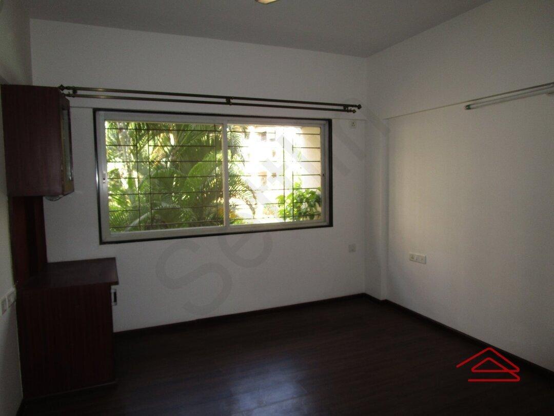15M3U00219: Bedroom 1
