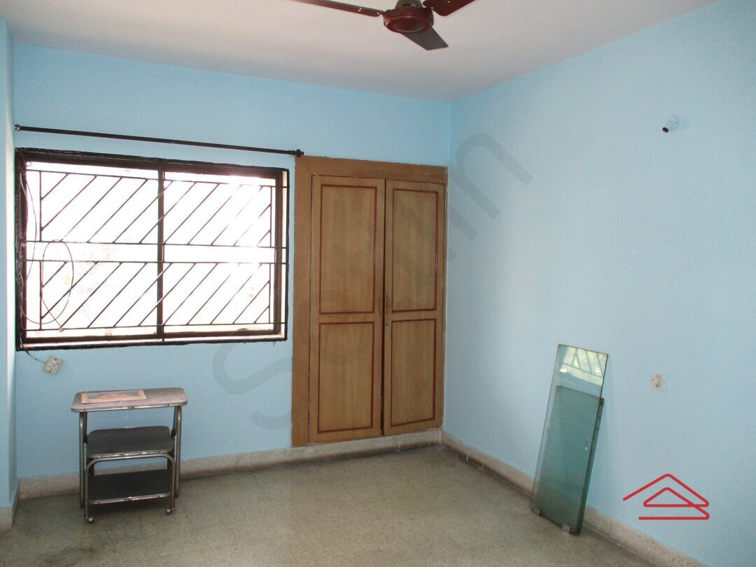 15S9U00185: Bedroom 1
