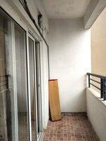 15S9U00677: Balcony 2