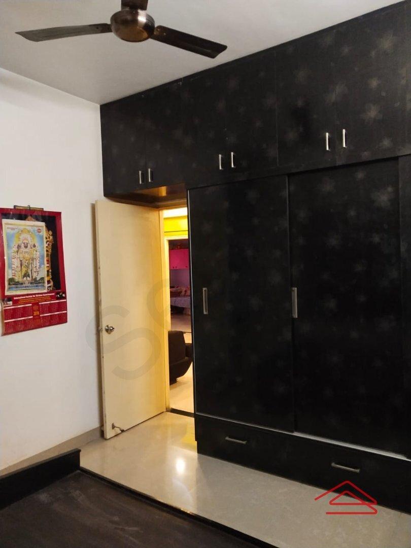 15S9U00677: Bedroom 1