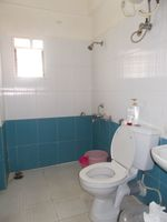 13F2U00155: Bathroom 2