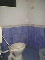 13F2U00360: Bathroom 2