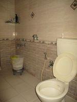 13F2U00360: Bathroom 1