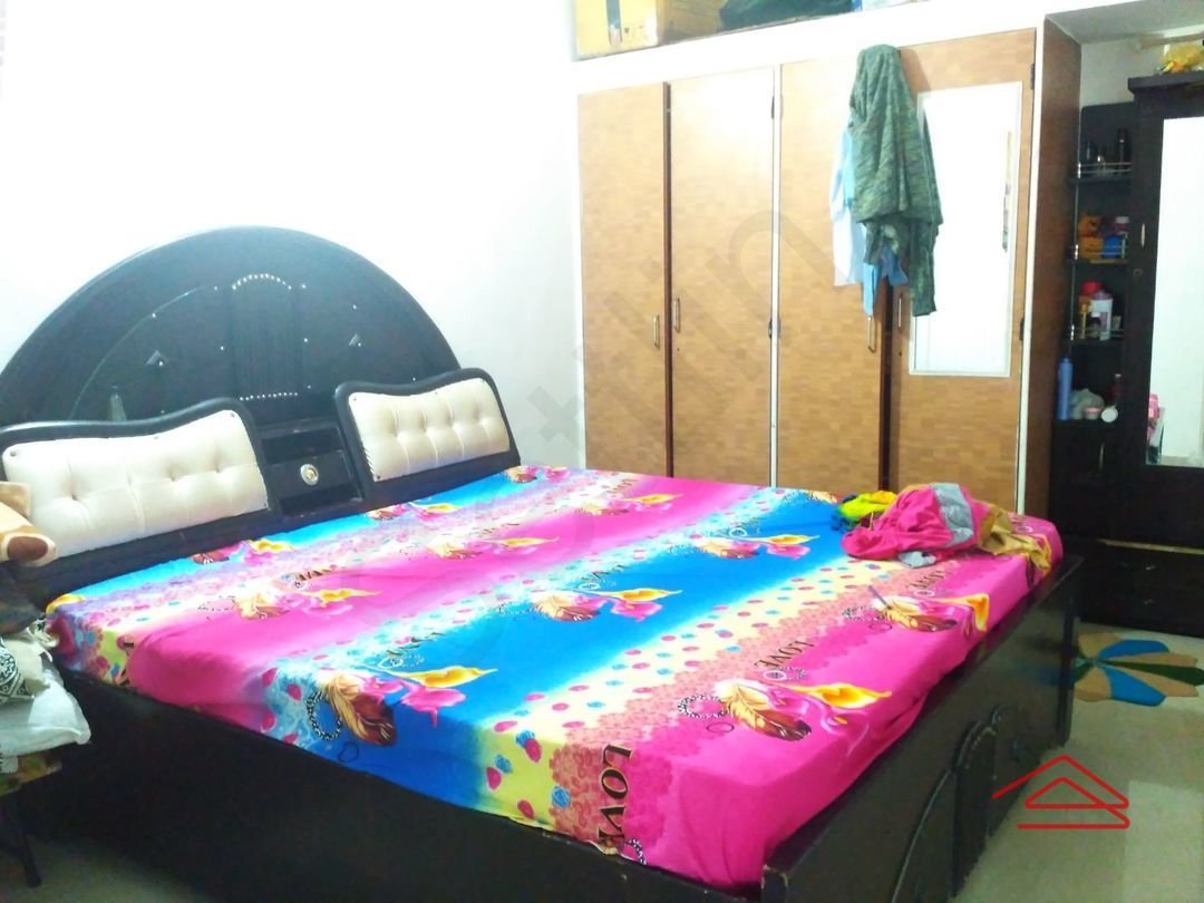 11S9U00329: Bedroom 1