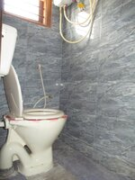 Sub Unit 15OAU00293: bathrooms 1