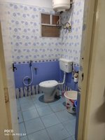 14S9U00026: Bathroom 1