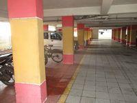 13J1U00093: parking 1