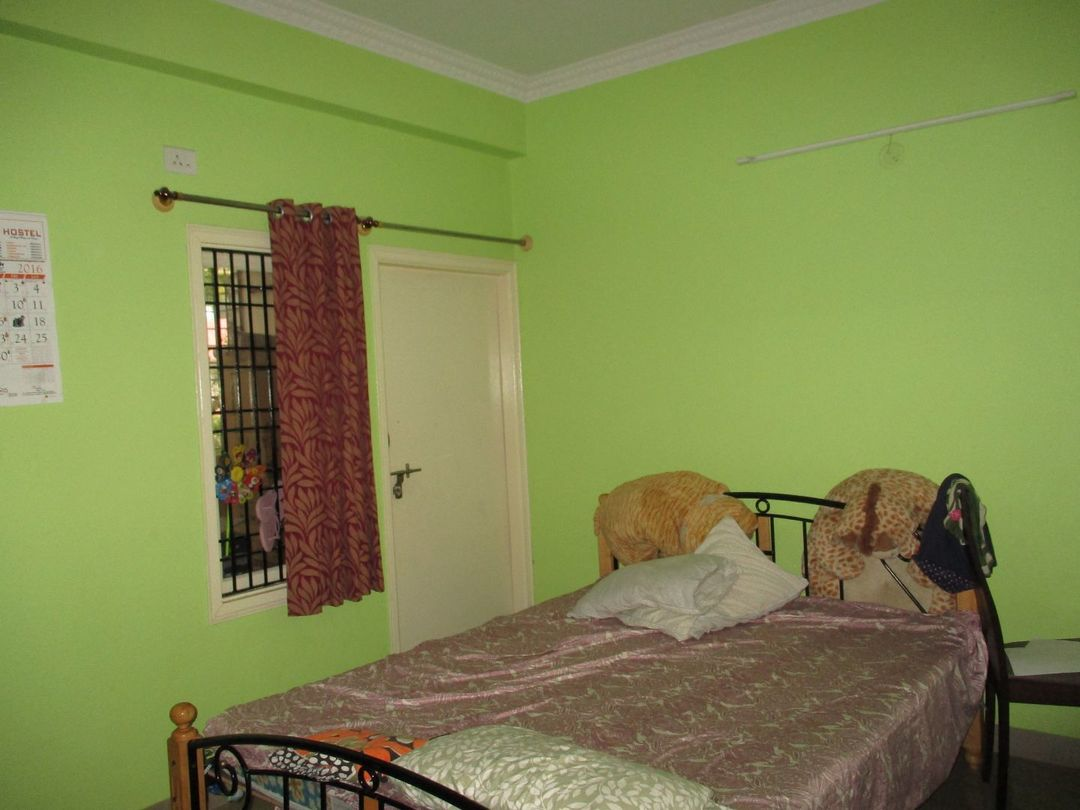 10J6U00331: Bedroom 1
