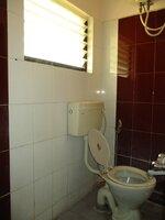 15A4U00234: Bathroom 1