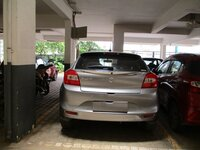 15A4U00056: parkings 1
