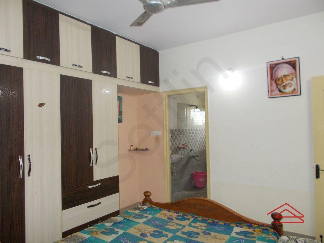 13M3U00034: Bedroom 1
