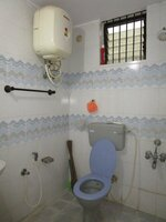 15M3U00331: Bathroom 1