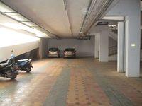 10A4U00198: parking 2
