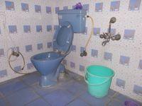 12S9U00013: Bathroom 1
