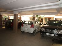 13M5U00251: parking 1