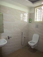 13J6U00503: Bathroom 1