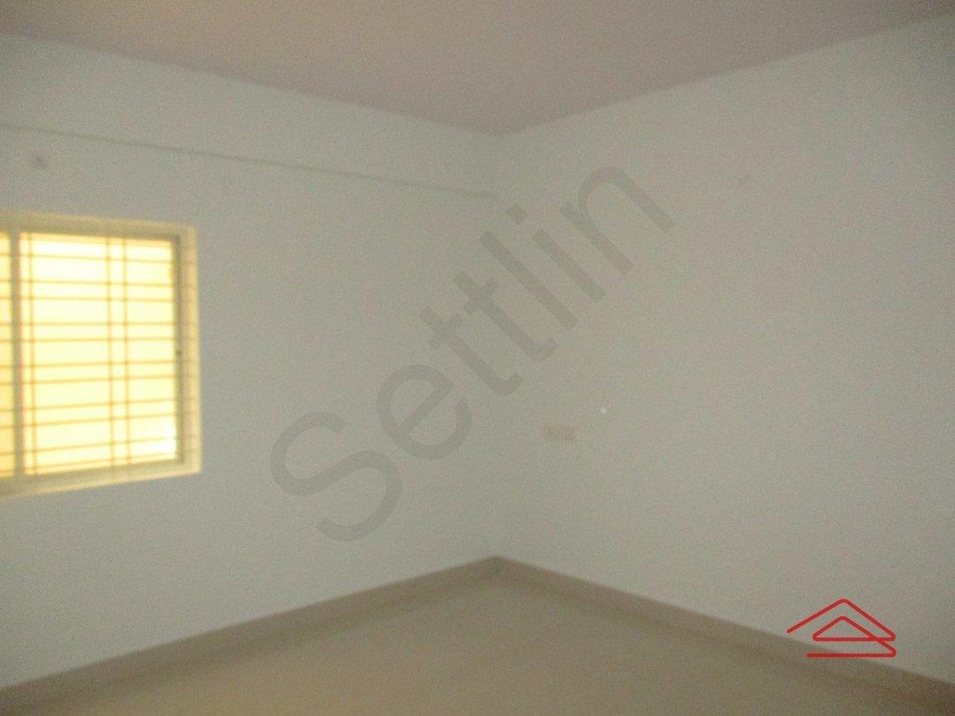 14F2U00122: Bedroom 1