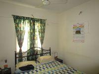 13M5U00376: Bedroom 2
