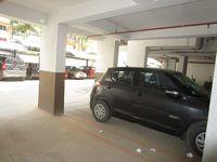 13M5U00376: parking 1