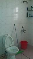 11J6U00370: Bathroom 3