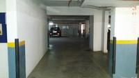 11J6U00370: parking 1