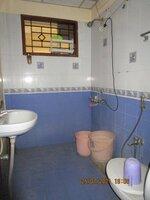 15J7U00431: Bathroom 2
