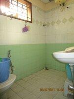 15J7U00431: Bathroom 1
