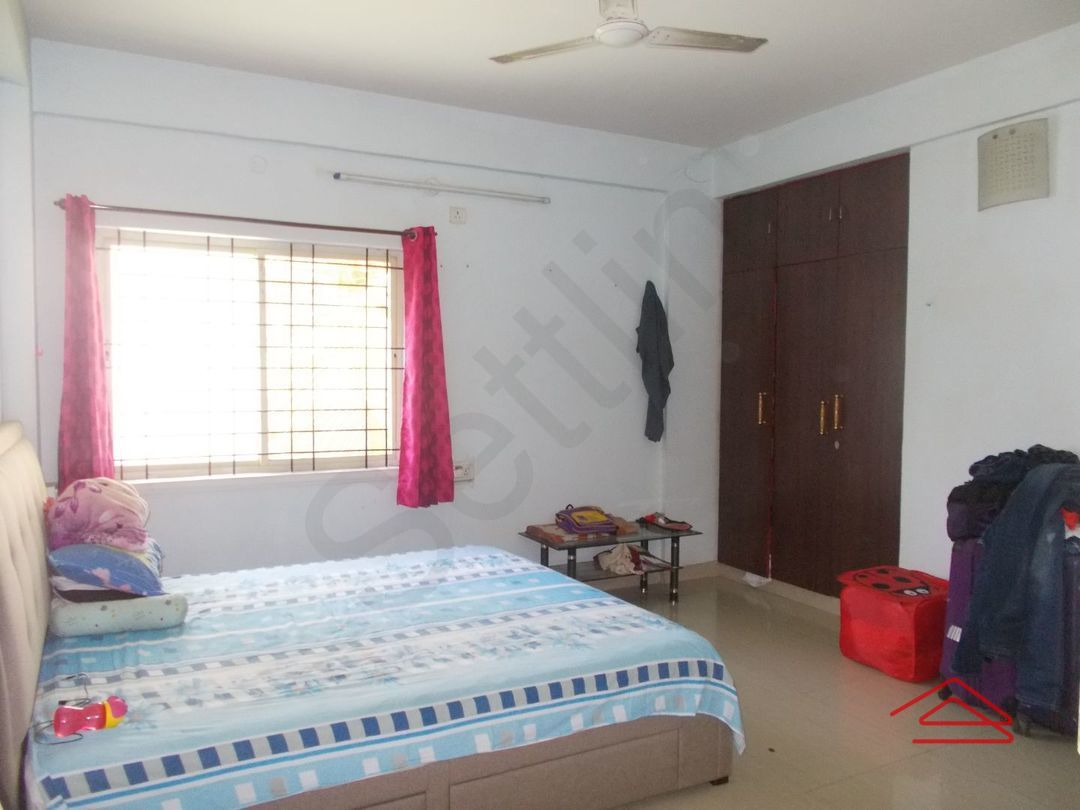 13A4U00347: Bedroom 1