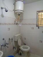12NBU00235: Bathroom 1